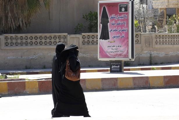 État islamique : les femmes, avenir des hommes?