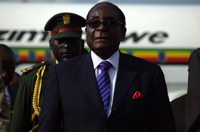 Robert Mugabe démissionne après trente-sept ans aupouvoir