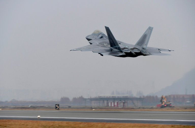 La Corée du Sud et les États-Unis lancent un exercice conjoint de grandeenvergure